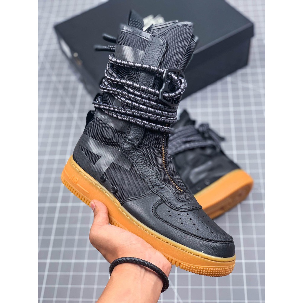 completamente Accusa imbuto  Nike Wmns SF Air Force 1 advanced paratrooper bag super high-top functional  boots sneakers   Shopee Philippines