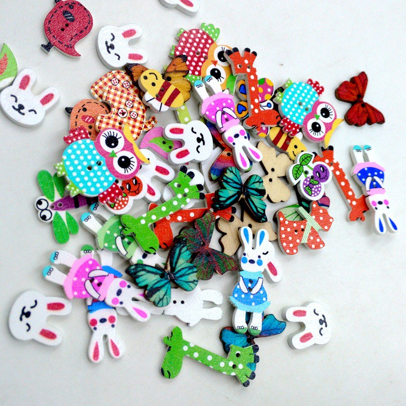 50Pcs Mixed Animal 2 Holes Wooden Buttons Sewing Craft Scrapbooking DIY BE