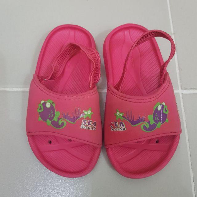 54066f4ca Speedo Slippers USA 6 Sandals shoes beach wear pink 14cm