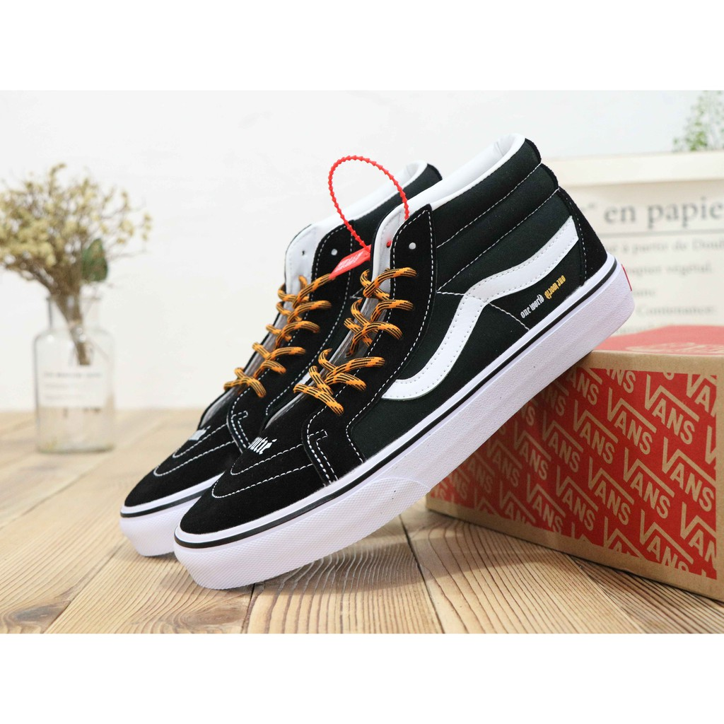 c860004e28 ProductImage. ProductImage. Vans Old Skool Unisex Adults' Low-Top Trainers  High Top