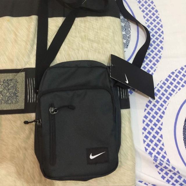 95f59c337971 Nike Sling Bag Core 3.0