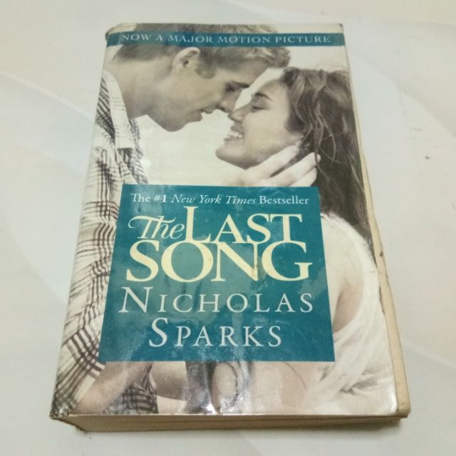 PRELOVED Books The Last Song by Nicholas Sparks