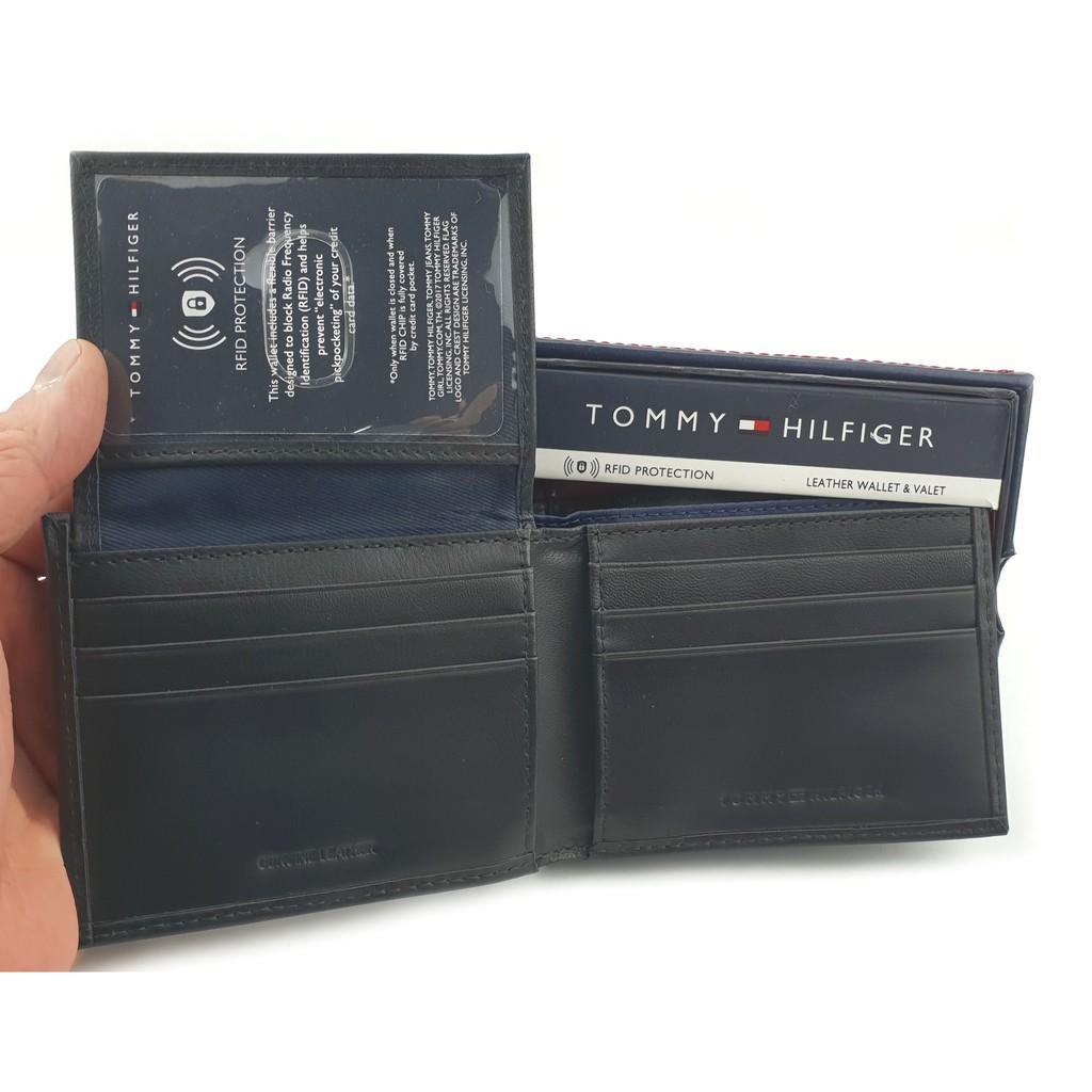 Light Brown Tommy Hilfiger Men/'s RFID-Protecting Genuine Leather Wallet
