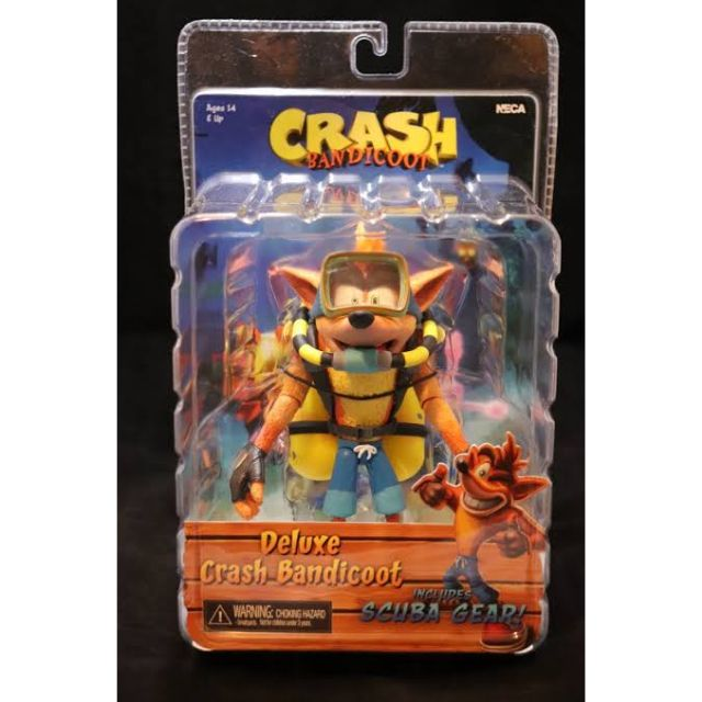 "NECA Crash Bandicoot Deluxe Crash with Scuba Gear 7/"" Scale Action Figure"