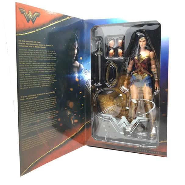 DC Comics Superhero Wonder Woman Finders Keypers Figurine Collectible 25cm
