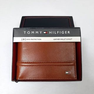 clearance sale vast selection closer at Tommy Hilfiger Men's Tan Genuine Leather Fixed Passcase Wallet w/ RFID  Protection