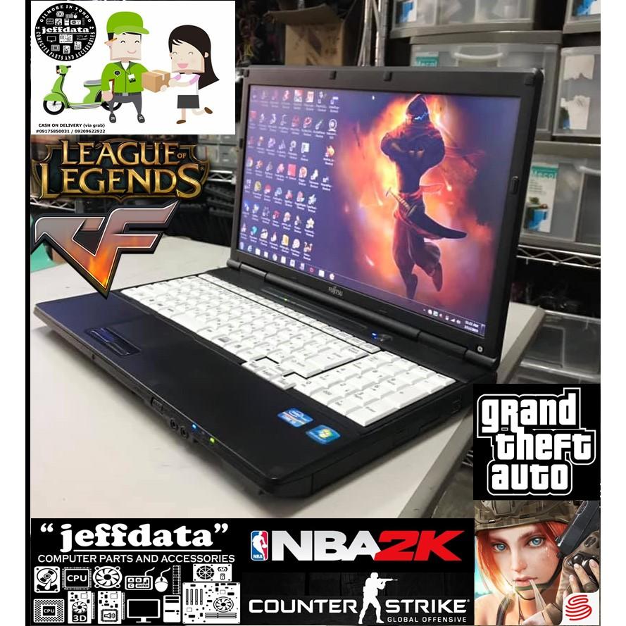 Laptop Fujitsu Lifebook i5 2 5ghz 2gb 250gb wifi DVD 15inches Led
