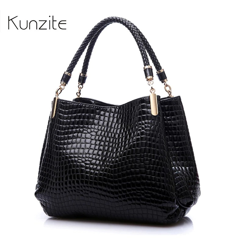 86bfe9782 Moamoy Wholesale Small Women's tote Leather Clutch Bag Ladies Hand bag  Brand | Shopee Philippines