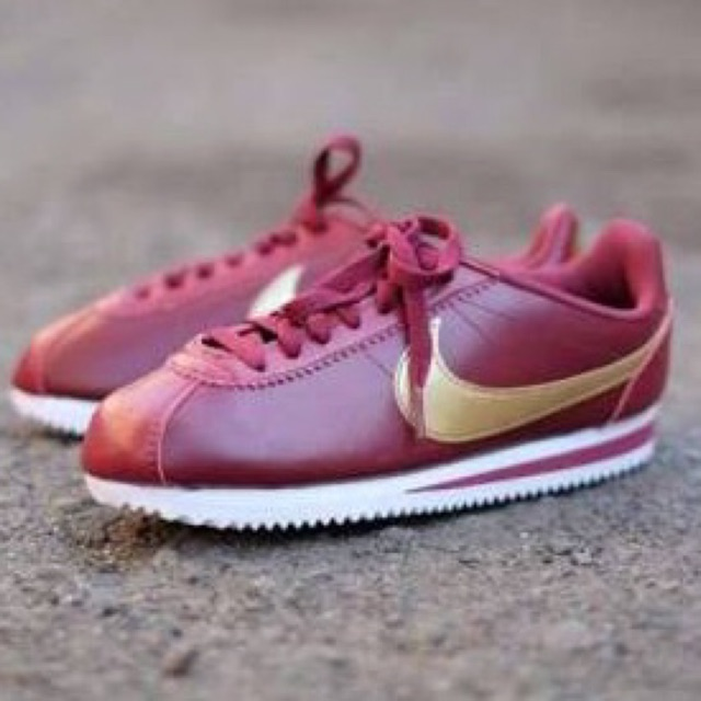 Barry patrón gloria  Nike Cortez Classic Burgundy Gold Sneakers | Shopee Philippines