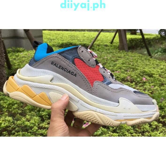 Balenciaga s Triple S Treads On in a Fresh Turquoise