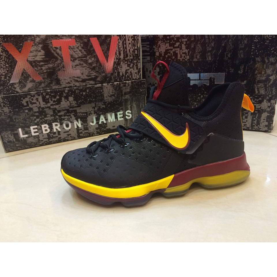 new arrival 2cb82 ee779 NIKE KYRIE BASKETBALL SHOES - RUBBER SHOES - OEM   Shopee Philippines