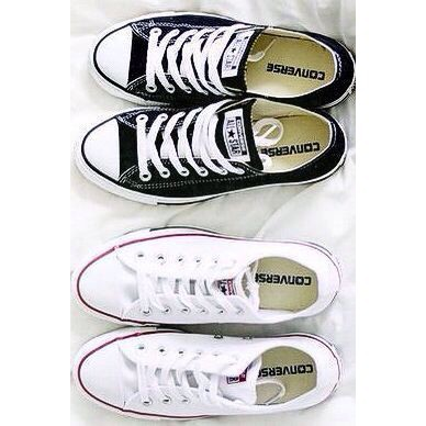 UNISEX Converse Classic Chuck Taylor All Star Shoes women
