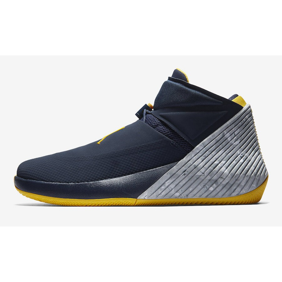 """on sale 3f161 cb7a2 Jordan Why Not Zer0.1 """"Cotton Shot"""" Orange Pulse and Hyper Royal-Sail    Shopee Philippines"""