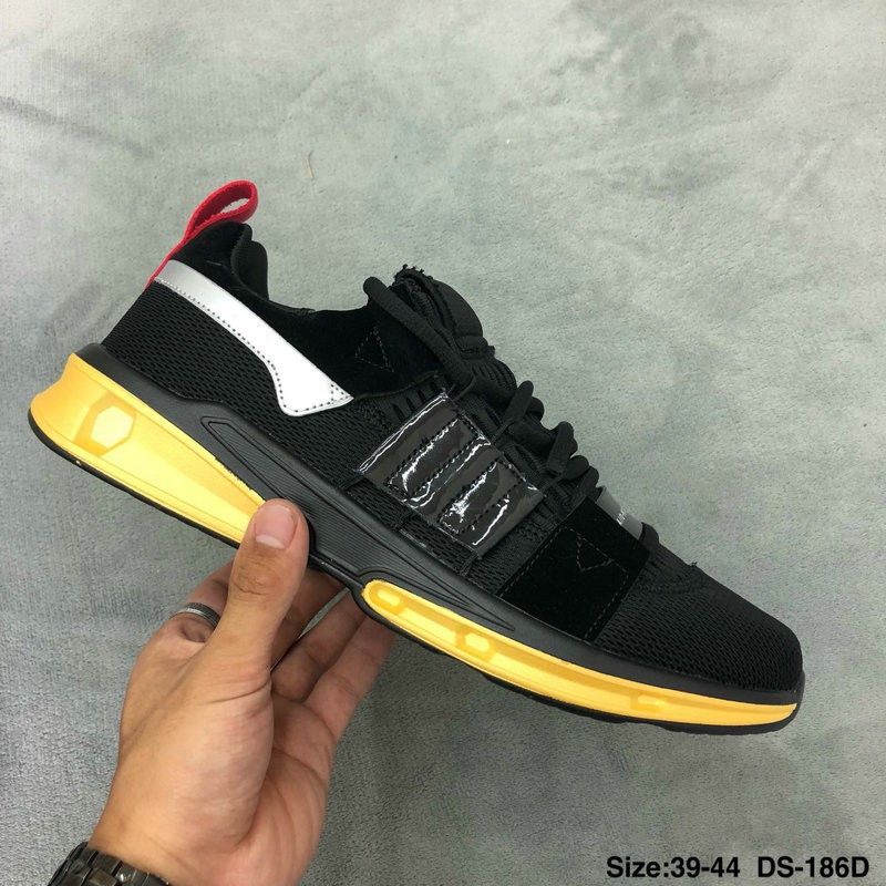 16bbff2f758 LV x Adidas Adidas Yeezy 350 Boost V2.0 tripartite joint Supreme x Louis  Vuitto