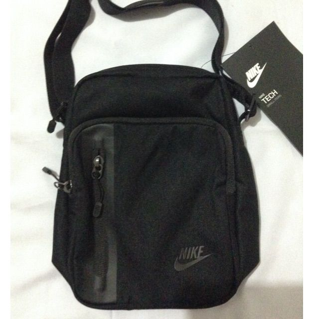 35daf307bd45 Nike Core 3.0 sling bag (black)