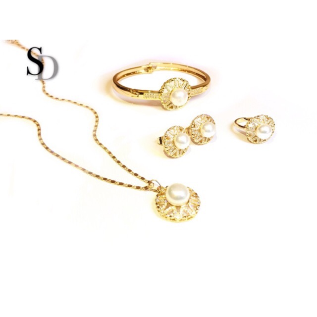 [SD] Crystal Twin Heart Rose Gold Necklace | Shopee Philippines