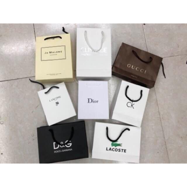 eee35e67aff Gucci paper bag