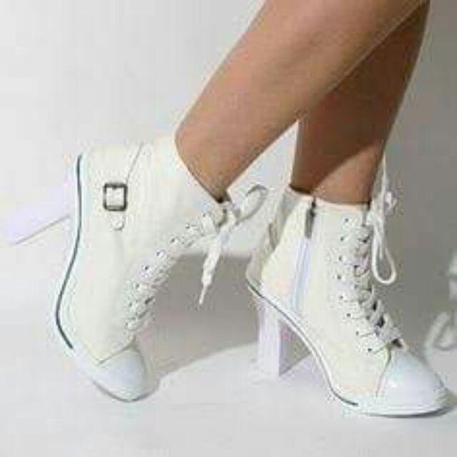 converse heels