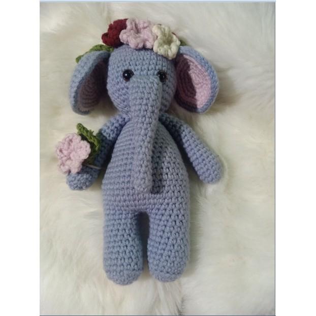 Cuddle Me Elephant crochet pattern - Amigurumi Today | 622x622