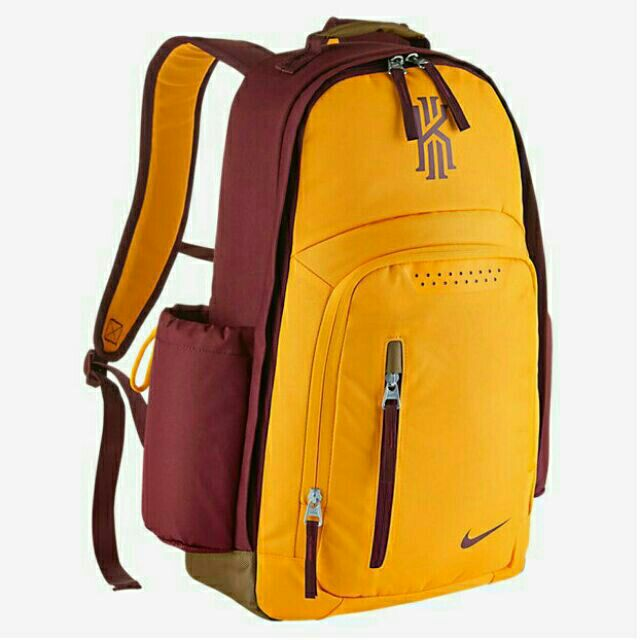 2dc1a057a457 NIKE KYRIE IRVING BACKPACK