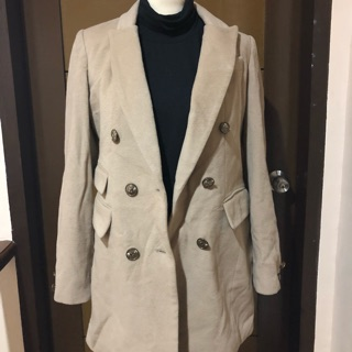 beautiful in colour outlet store special sales Cream winter coat/trench coat