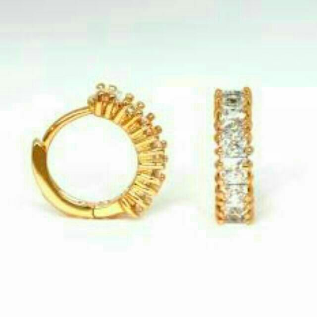 cab3c0e4b BUY 1 TAKE 1 Athena & Co 18K Gold Plated Hoop Earrings | Shopee Philippines