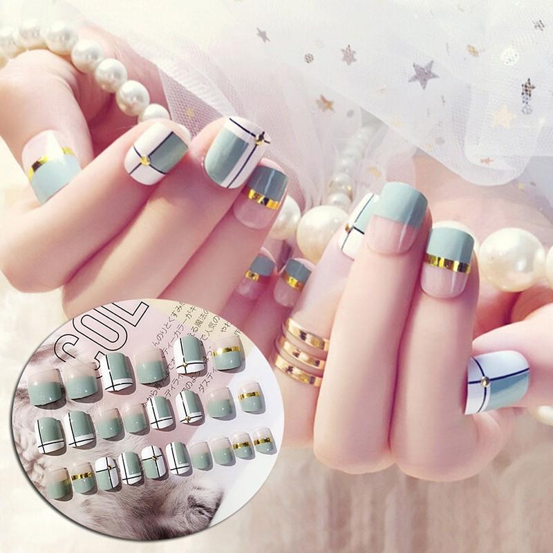 ღღ 24pcs Light Blue False Nail Short Fake Nails Art Tips Diy