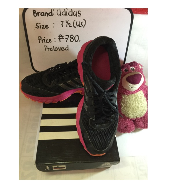Preloved rubber shoes for women