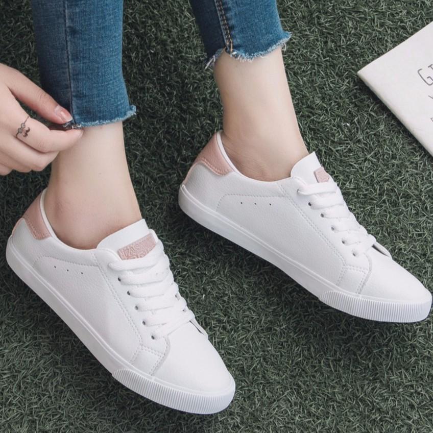 35c8c7f7b3dc 💝LBC COD Best Seller Korean Ladies White Rubber Shoes