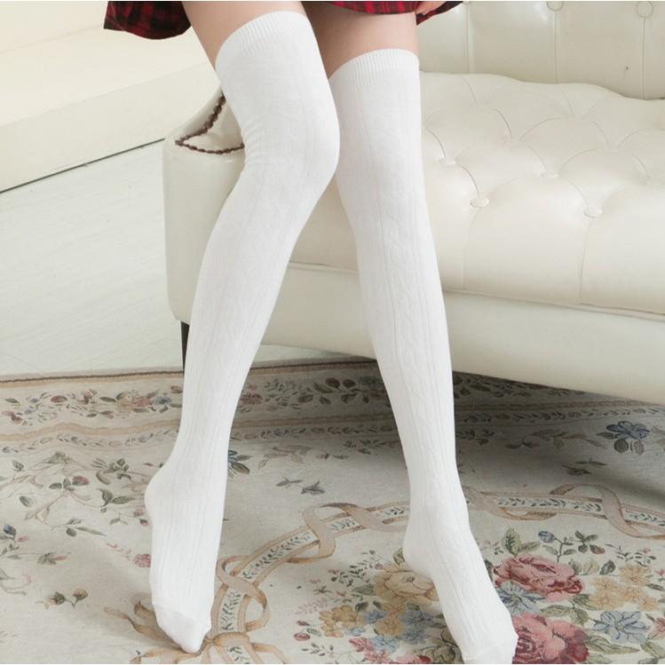 pictures-girls-black-woolen-stockings