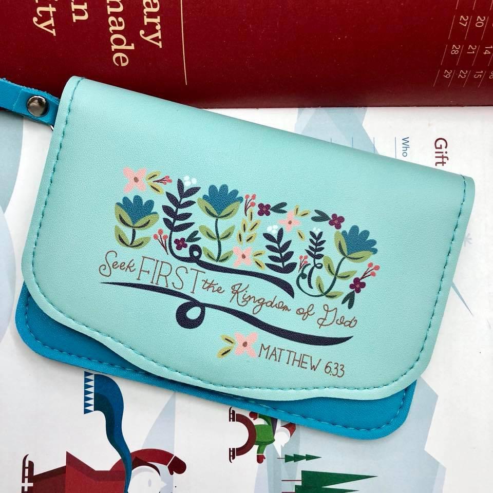 b4f62cdfc465 Flap on pocket purse - Bible Verse Wallet