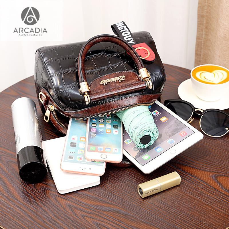 New high-end small bag female 2019 new tide spring crossbody