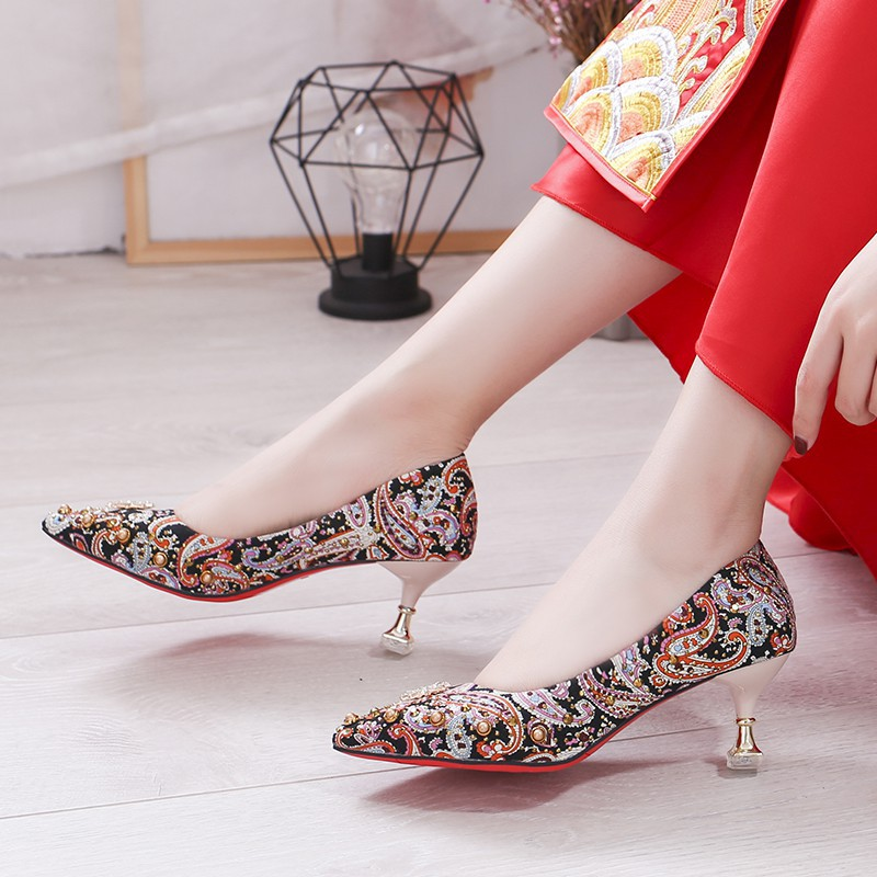 New Round Toe Ankle Strap Low Wedge Heel Chinese Womens Weeding Shoes Size N13-5