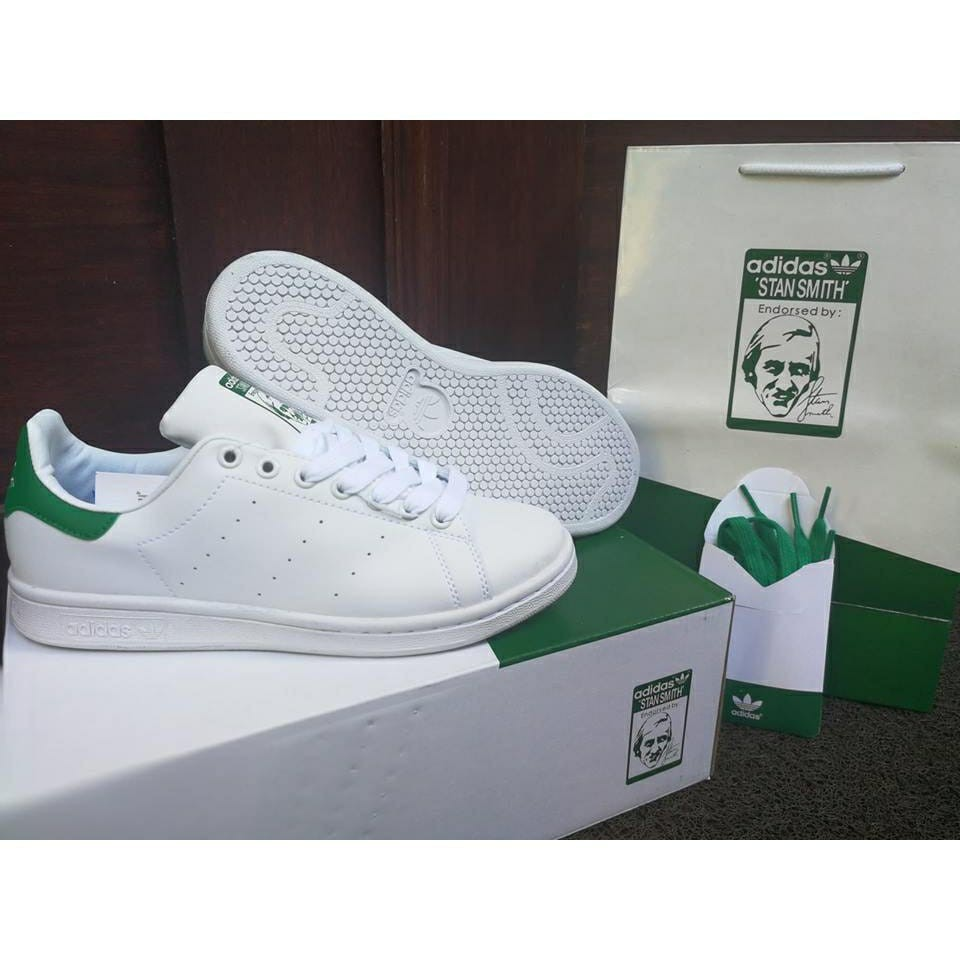 official photos fa06f 25cb1 Adidas Stan Smith Pearl Grey Suede  Shopee Philippines