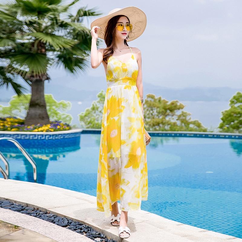 f081555d98b96 maxi dress❂Seaside resort beach Skirt Women's summer 2019 new Bohemian Sexy  long slim fairy Thai st