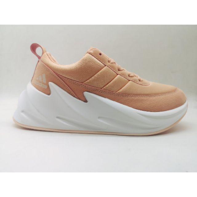 bruja Vaticinador Grasa  Adidas shark concept sneakers Leathen Running unisex women,s shoes   Shopee  Philippines