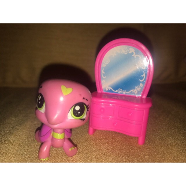 Littlest Pet Shop Lps Pink Turtle Collectible Toy Figure With Free Pink Mirror Shopee Philippines