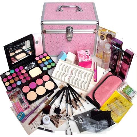 Cosmetic Kit Cheaper Than Retail
