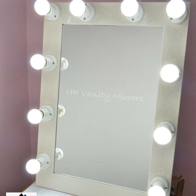 Vanity Mirror.Vanity Mirror