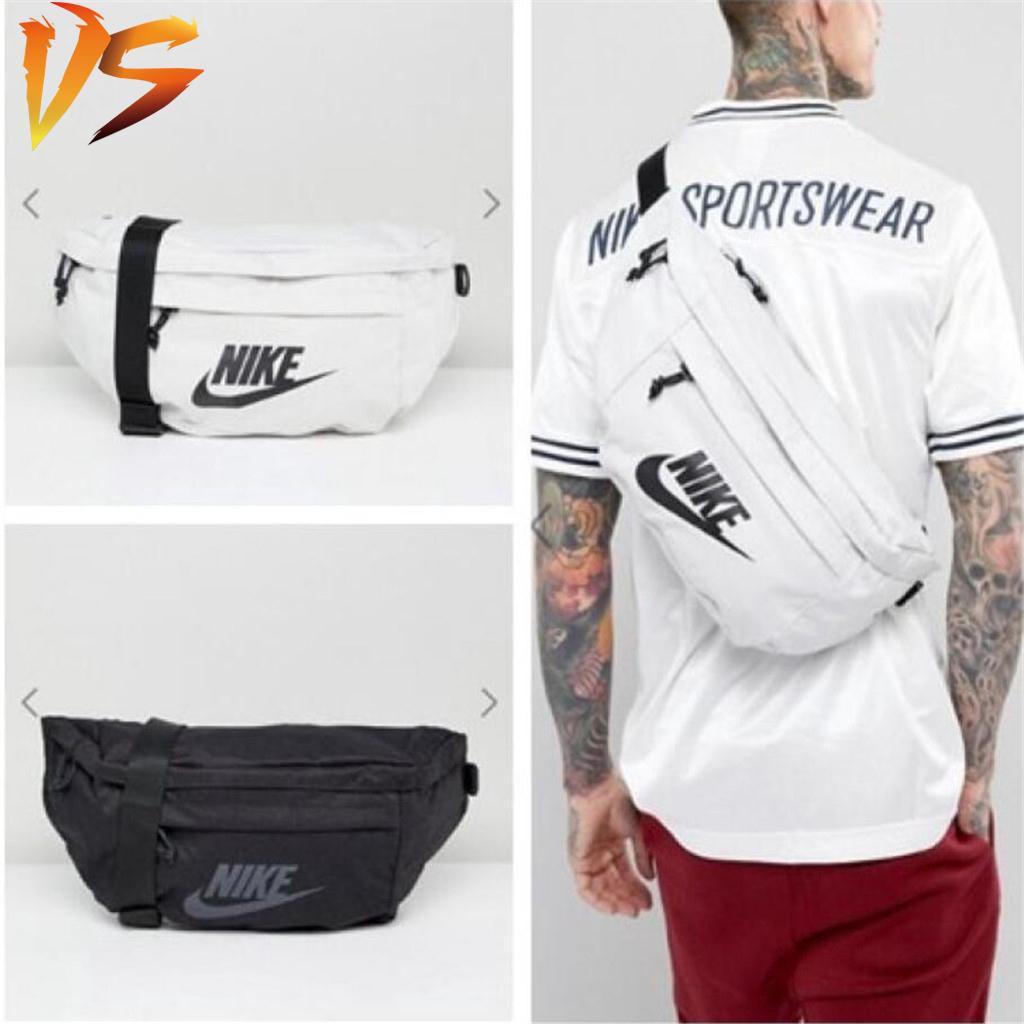 7a40910a473 Nike hood waist pack (belt bag)