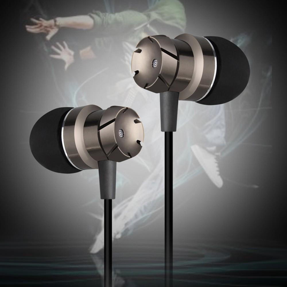 Super Bass Earphone In-Ear HIFI stereo sports earphones Wired Metal with Mic Universal