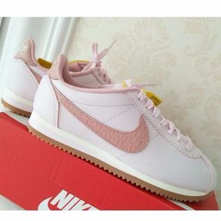 cheap for discount e2f20 e389d NIKE CLASSIC CORTEZ LUX Forrest Gump Shoes Forrest Gump Pink ...