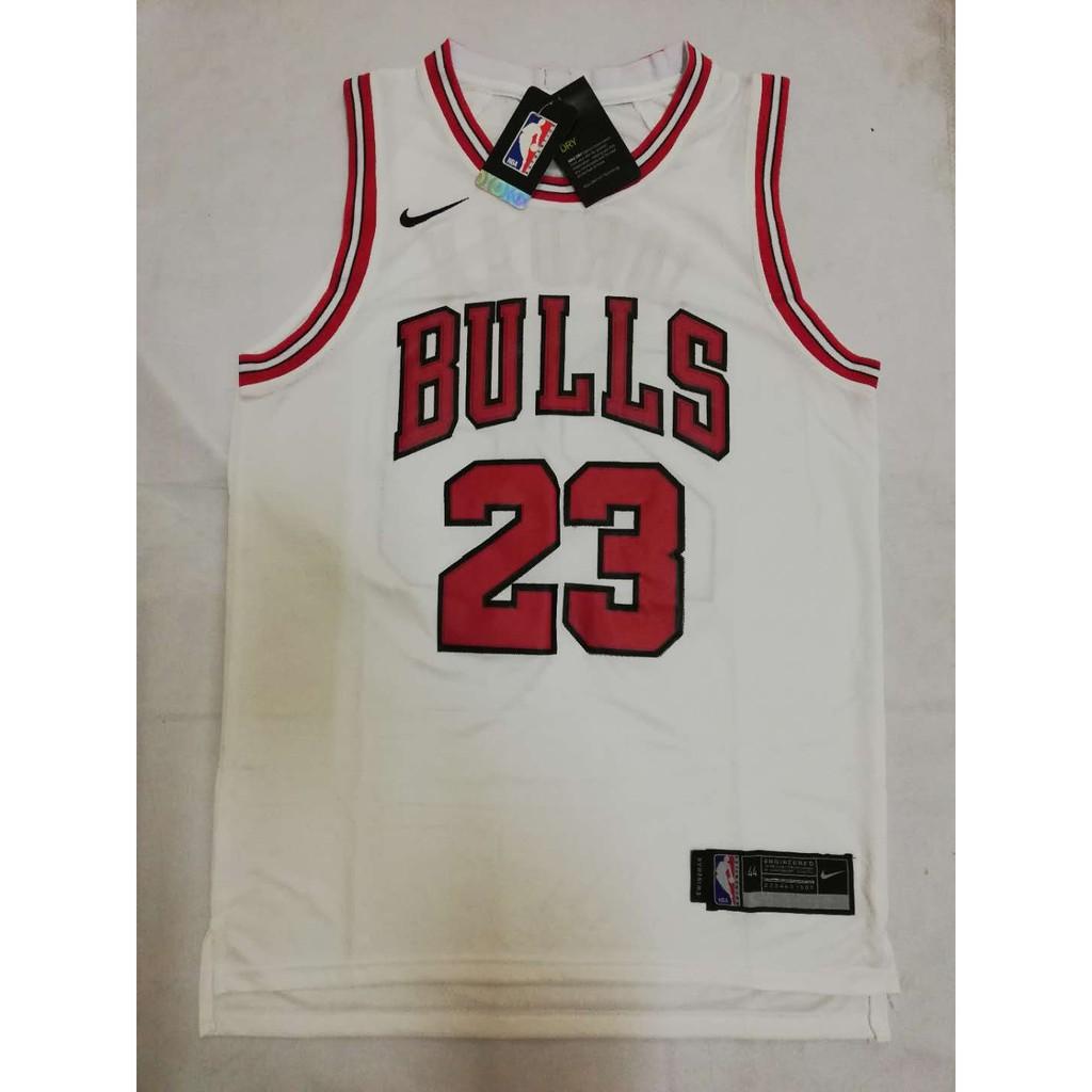the best attitude 2375e 1fca9 Chicago Bulls Michael Jordan 23 Jersey