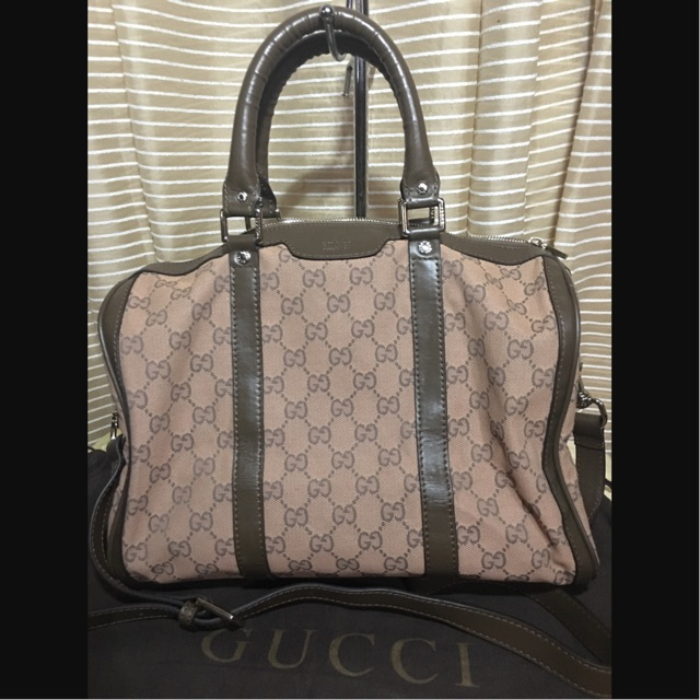 17e77ba4088 Gucci Speedy 30 type two way bag (SOLD)